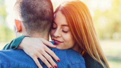 Photo of چگونه بوی تن افرادی که دوستشان داریم باعث کاهش استرسمان می شود؟