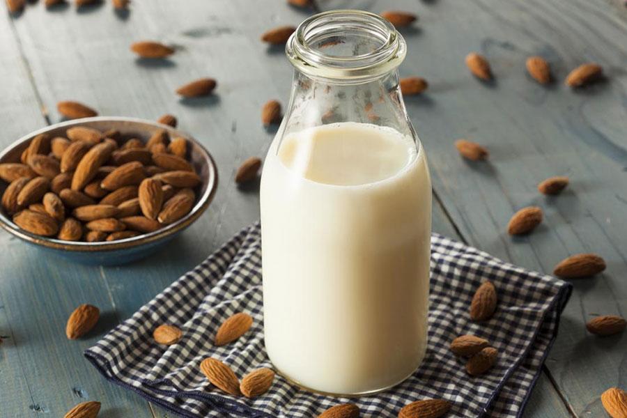 1 تشخیص شیر بادام فاسد