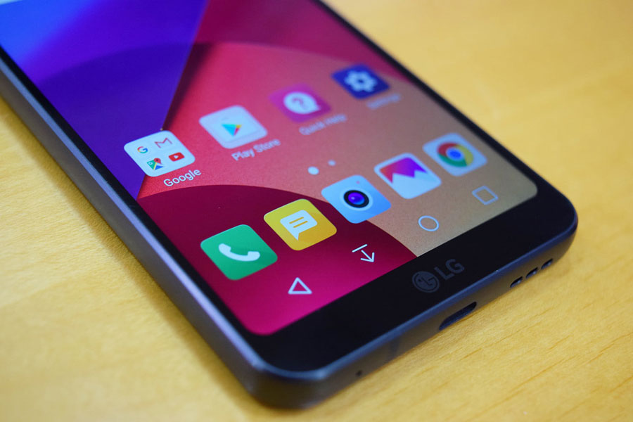 1 نقد و بررسی و مشخصات فنی گوشی LG G7