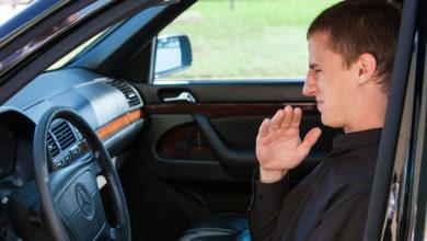 Photo of چگونه بوی بنزین درون اتاق خودرو را از بین ببریم؟