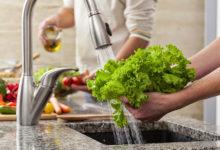 Photo of چگونه برای میوه و سبزیجات شوینده ارگانیک خانگی بسازیم؟