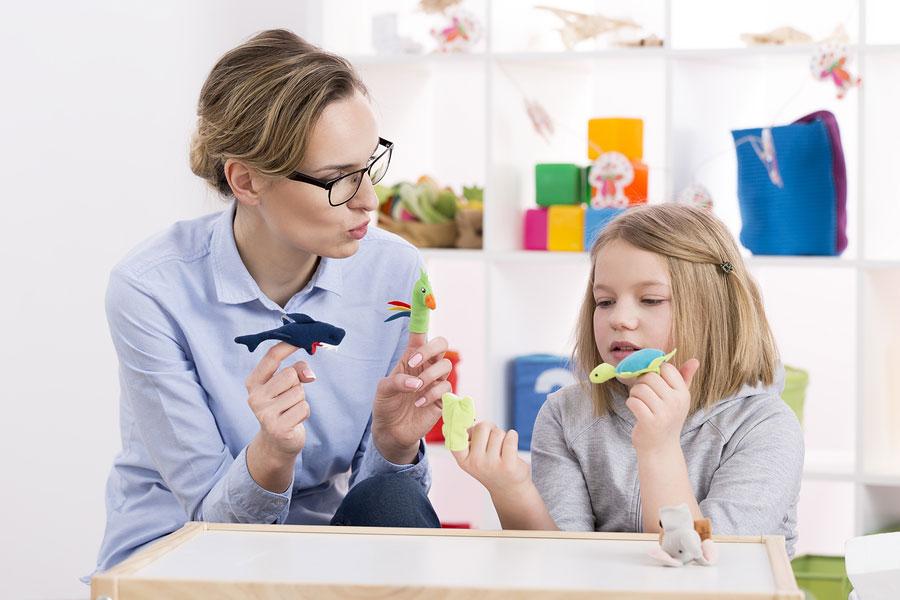 10 اسباب بازی های مناسب کودکان اوتیسمی