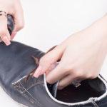 10 رفع لکه خراشیدگی روی کفش
