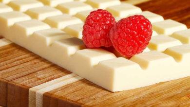 Photo of چگونه شکلات سفید را رنگی کنیم؟