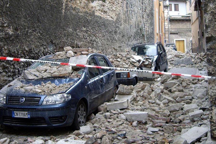 8 حضور در خودرو در زمان زمین لرزه