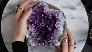 Photo of چگونه سنگ های ژئود را تمیز و براق کنیم؟