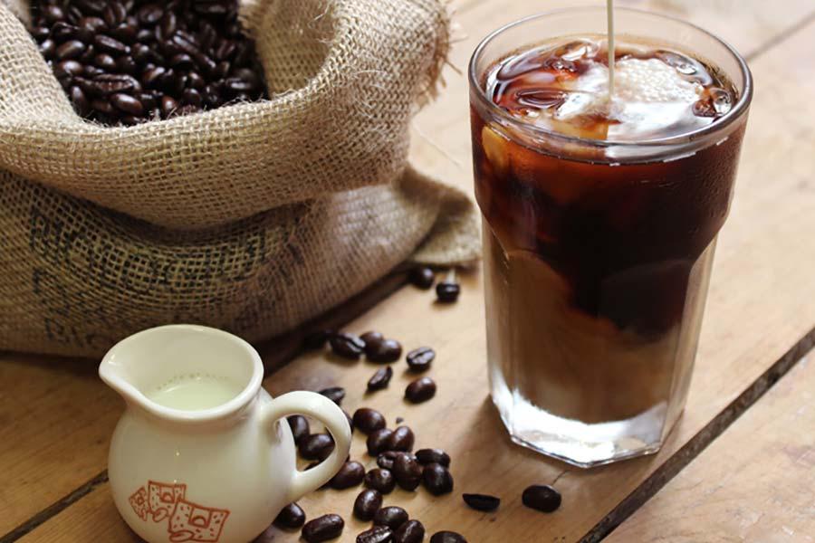 14 طرز تهیه شربت عصاره قهوه