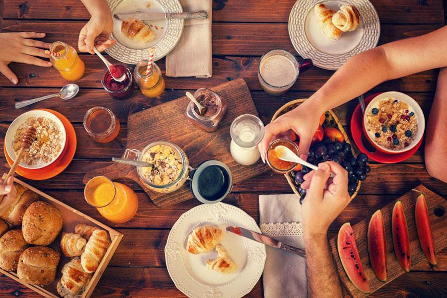 9 عادت خوردن صبحانه