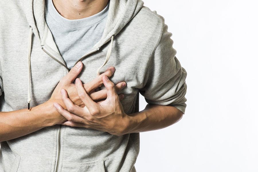9 حمله قلبی در تنهایی