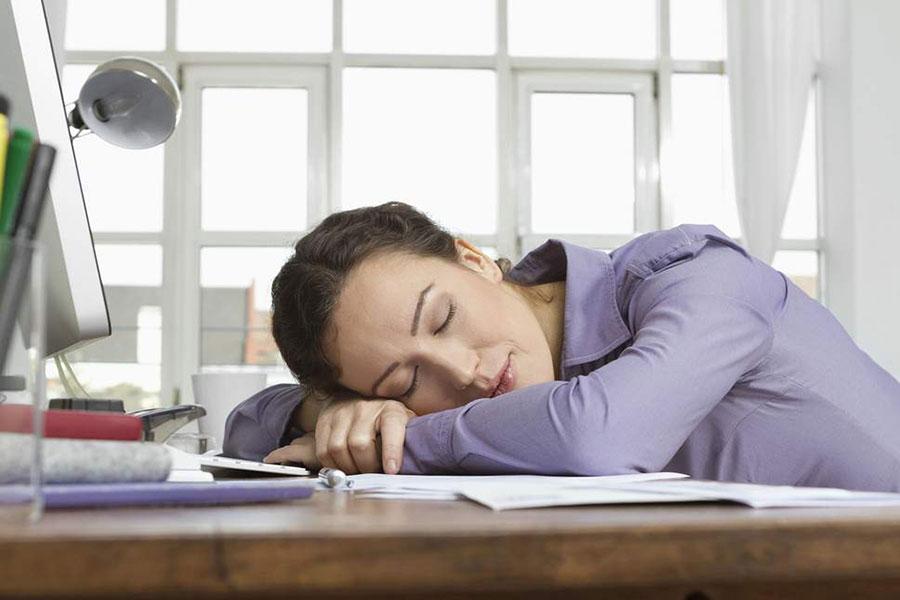 8 رفع خواب آلودگی و کسالت با چرت روزانه