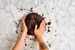 2 روش پخت بیسکویت کاکائویی