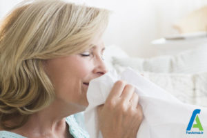 2 کاهش استرس با بوی تن افراد