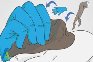 2 خارج کردن تیغ کاکتوس از بدن