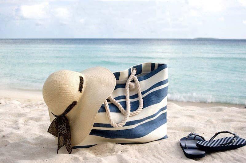 2 اصول و قواعد سفر ساحلی بدون استرس