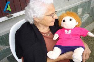 1 عروسک درمانی