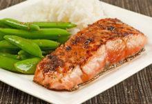 Photo of چگونه از خشک شدن ماهی سالمون یا آزاد بعد از پخته شدن جلوگیری کنیم؟