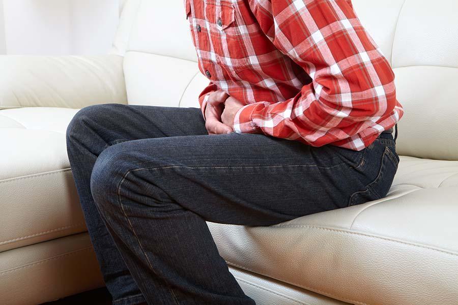 3 روش درمان خانگی عفونت و التهاب بیضه