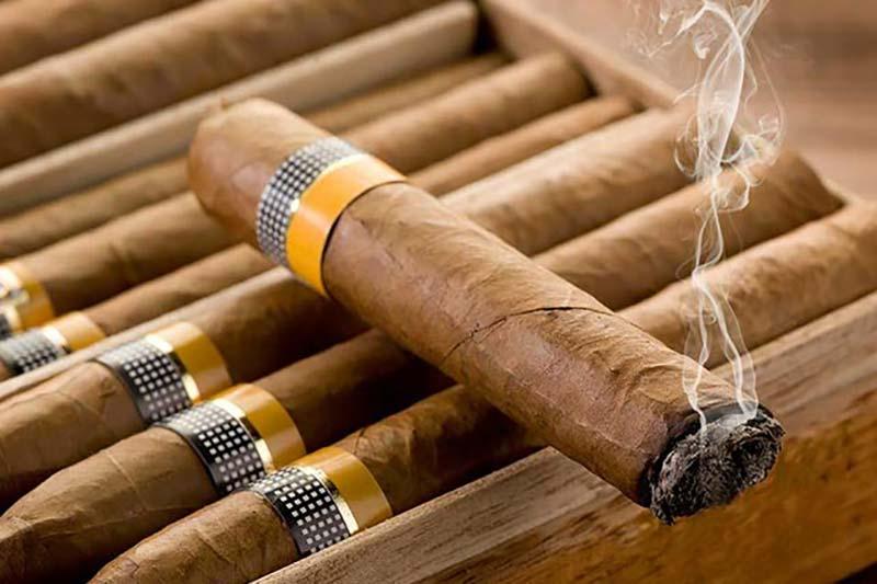 4 نگهداری از سیگار برگ