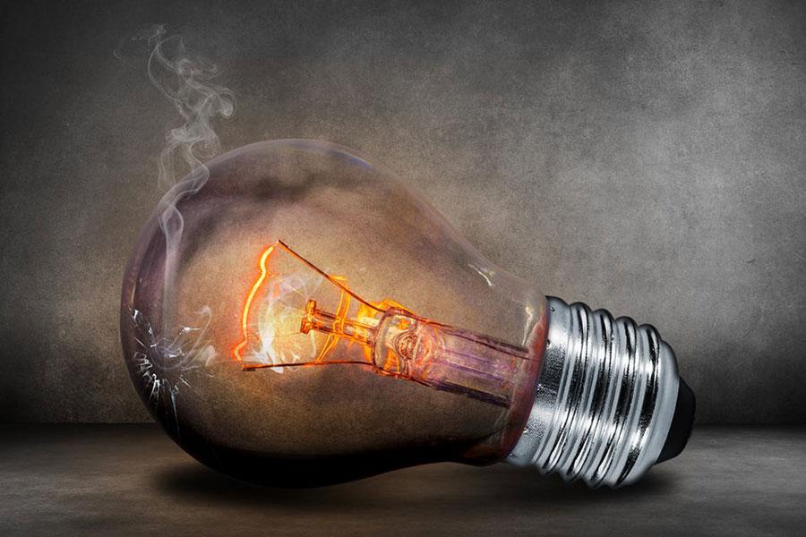 4 علت سوختن لامپ ها
