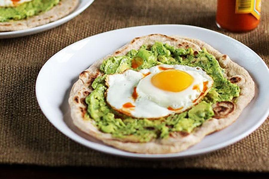 5 طرز تهیه صبحانه با آووکادو