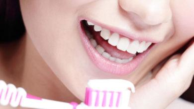 Photo of 11 اشتباهی که حین شستن دندان ها باید از آن ها اجتناب کرد