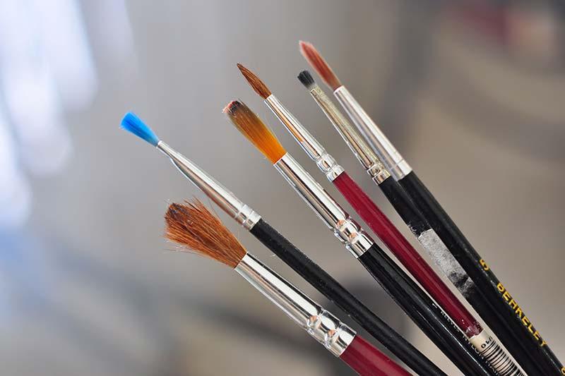 6 برطرف کردن خشکی قلمو رنگ