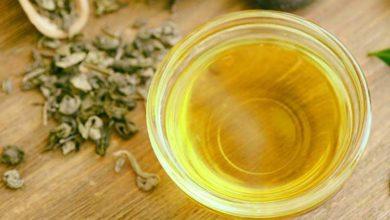 Photo of چگونه از روغن درخت چای برای درمان خارش پوست استفاده کنیم؟