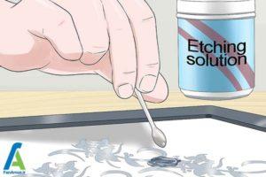7 چسباندن استنسیل به شیشه