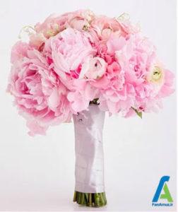 8 گلهای مناسب دسته گل صورتی