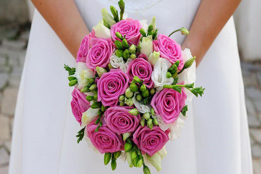 9 گلهای مناسب دسته گل صورتی