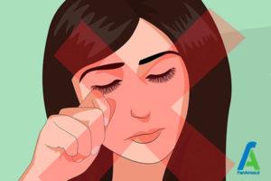 7 تمیز کردن اکستنشن مژه مصنوعی