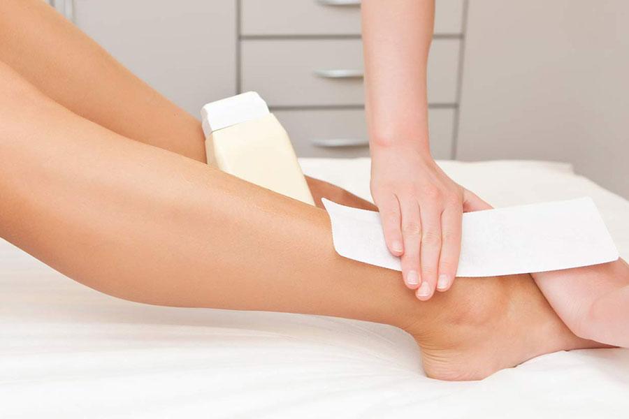 4 کاهش درد اپیلاسیون با موم
