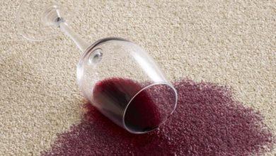 Photo of چگونه لکه شراب قرمز را از سطوح مختلف پاک کنیم؟