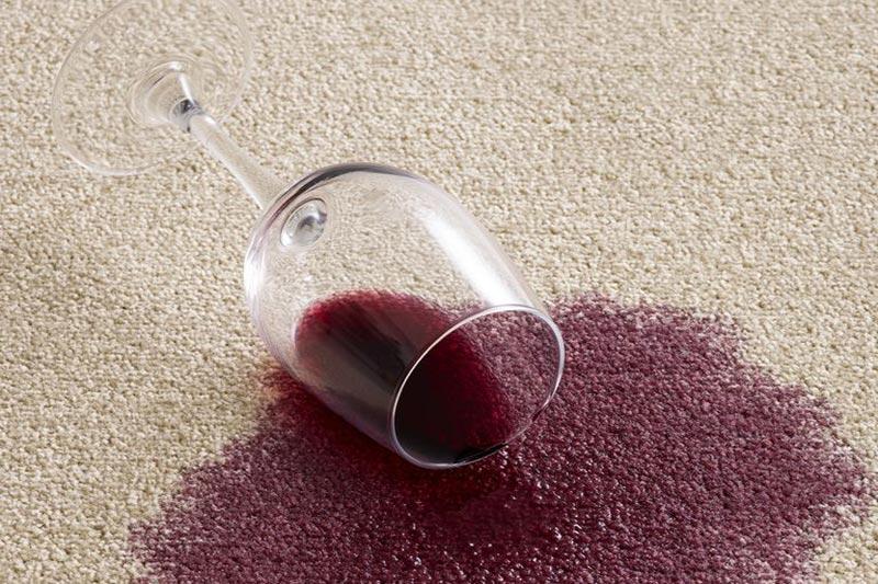 2 پاک کردن لکه شراب از انواع سطوح