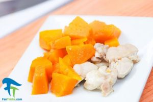 4 طرز تهیه خوراک پوره مرغ برای کودک