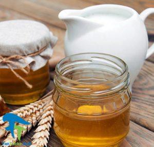 1 خواص پاک کننده و ماسک شیر و عسل