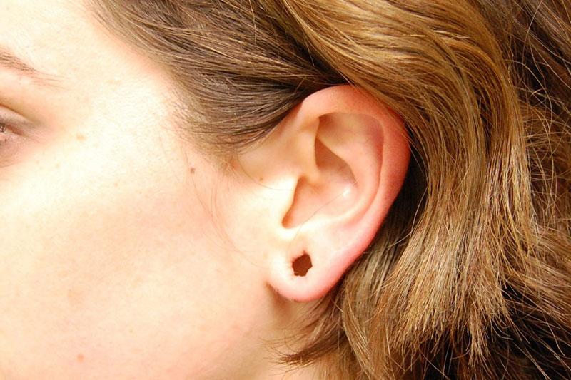 5 طرز بستن سوراخ لاله گوش
