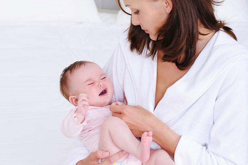 6 پیشگیری از دهیدراته شدن بدن نوزاد