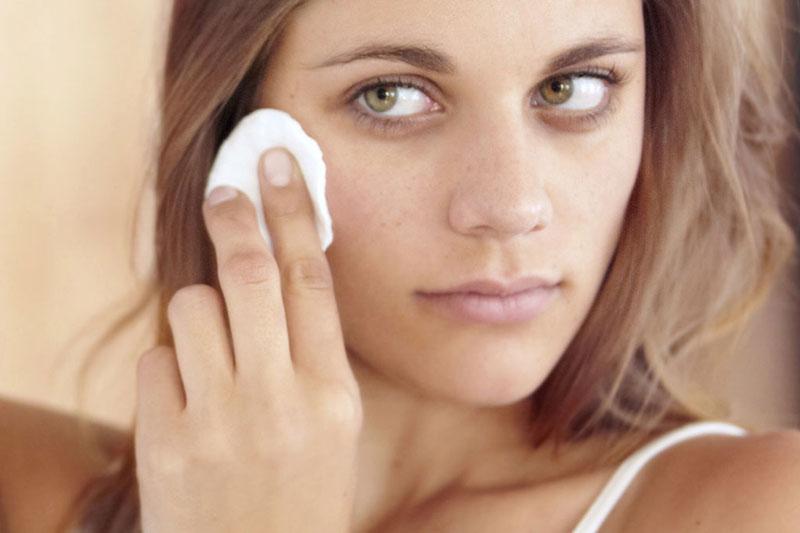 4 درمان بیماری های پوست با گلیکولیک اسید