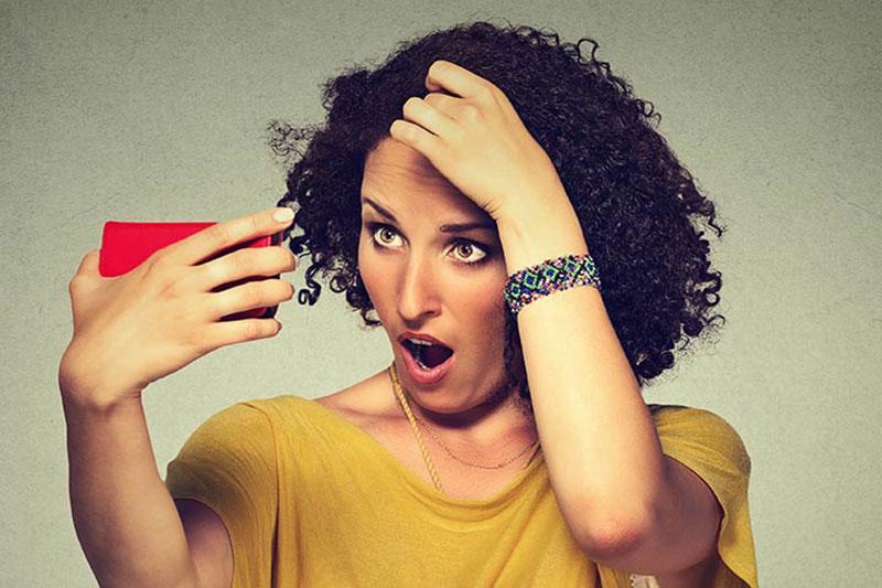 8 درمان مو های سفید با حرکات یوگا