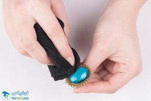 1 تمیز و براق کردن جواهرات فیروزه