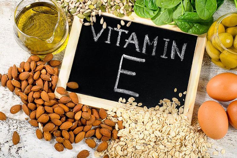 4 جلوگیری از لخته شدن خون با ویتامین E