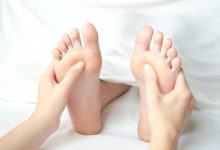 Photo of نحوه انجام ماساژ یا رفلکسولوژی پا برای درمان فیبرومیالژیا