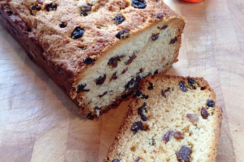 4 جلوگیری از ته نشین شدن مغزیجات کف کیک