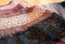 Photo of طرز تهیه پارچه نمد با استفاده از بلوزهای پشمی کهنه و قدیمی