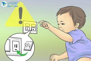 7 مراقبت از کودکان هنگام چهار دست و پا رفتن
