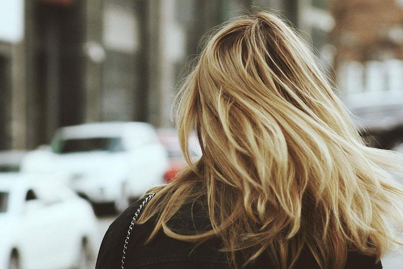 4 از بین بردن خشکی مو با گلیسیرین