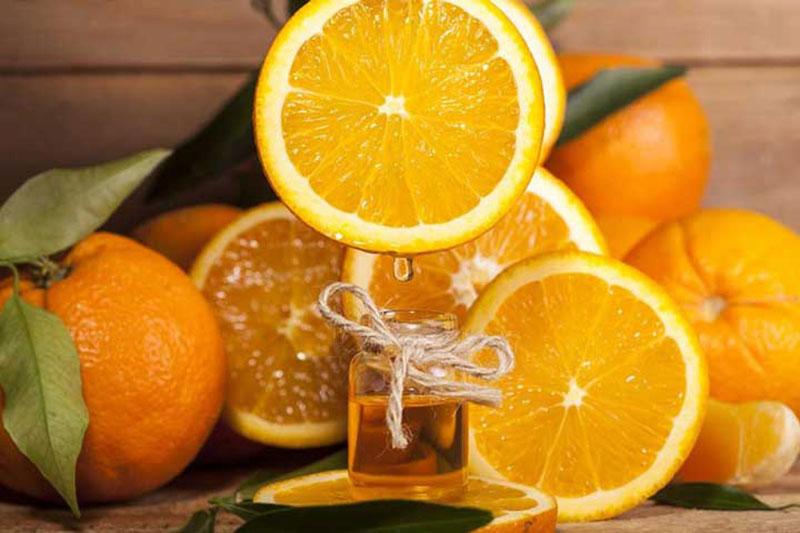4 طرز ساخت روغن معطر میوه ای