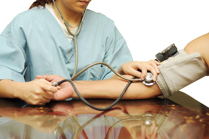 4 ضدعفونی و شستن دستگاه فشارسنج