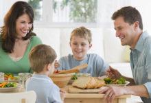 Photo of چگونه به بچه ها بیاموزیم با دهان بسته غذا بخورند؟